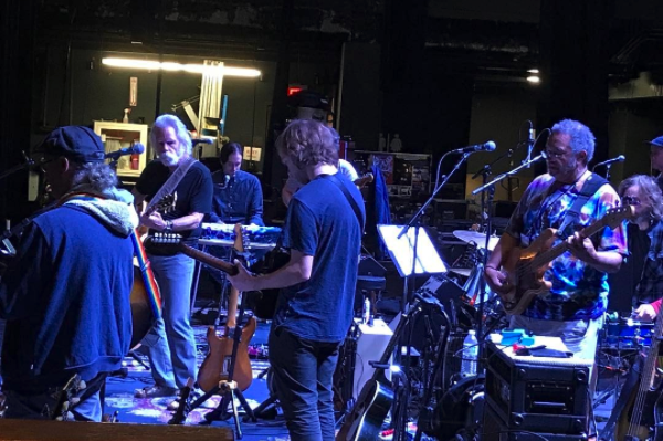 Full Show Audio | Bob Weir Welcomes George Porter Jr. In New Orleans 4/18/17