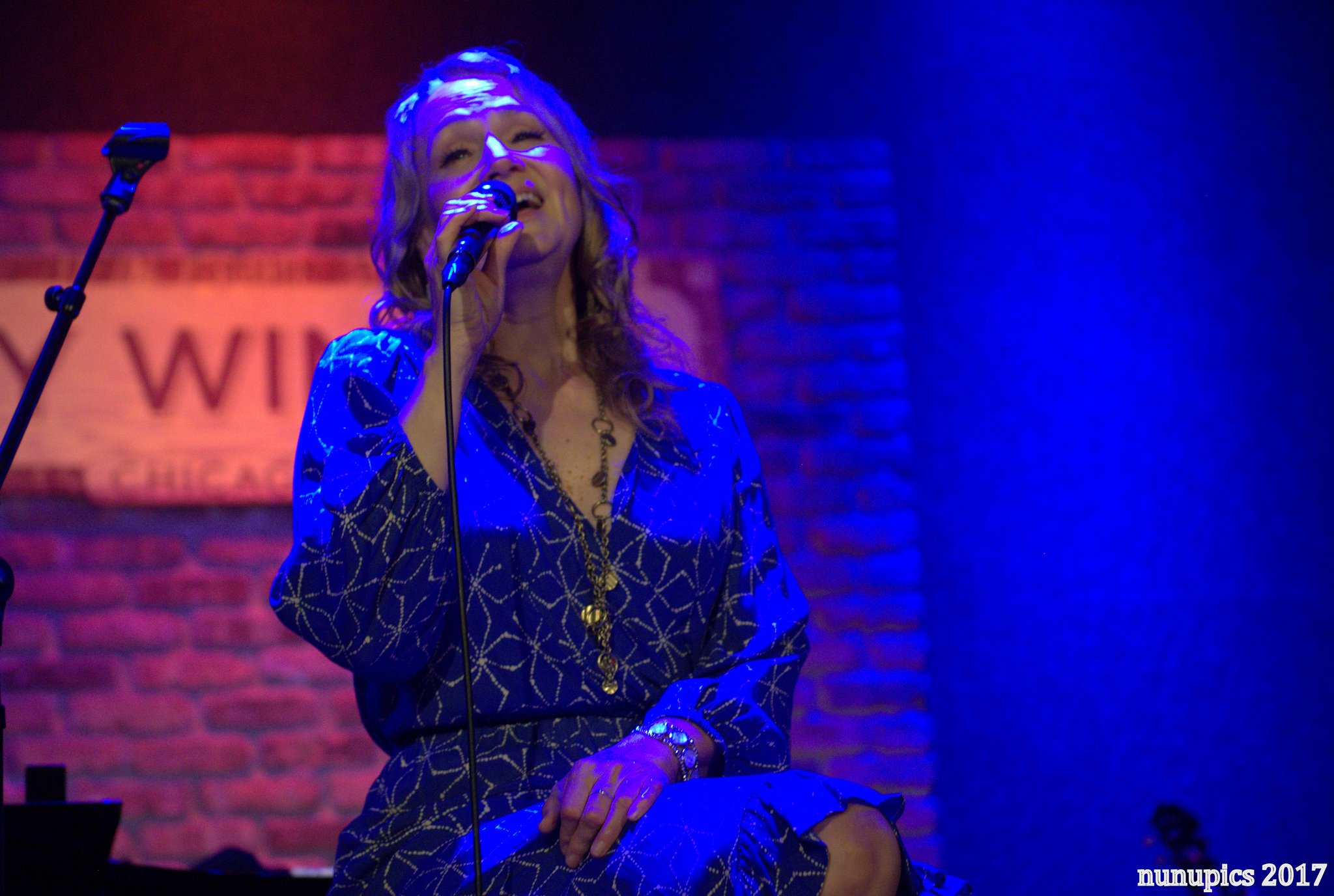 Joan Osborne Delivers The Dylan @ City Winery [Photos / Video / Setlists]