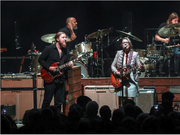 Setlist / Audio / Video | Tedeschi Trucks Band + JJ Grey & Mofro @ Chicago Theatre 1/25/17